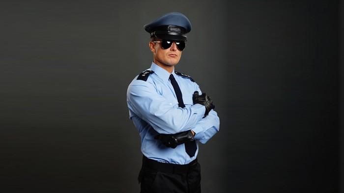 Cambriolages et faux policiers